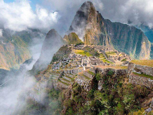 Machu Picchu + Maras Salt Mines 2-Day